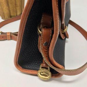 Dooney & Bourke Bags - Vintage Dooney & Bourke all-weather leather purse